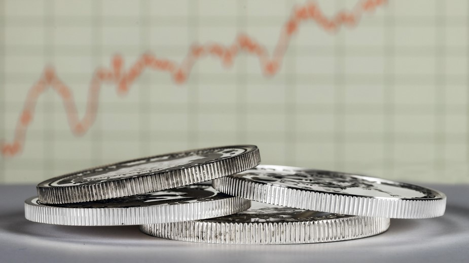 CNN: Near-Record Metric Signals Time to Buy Silver